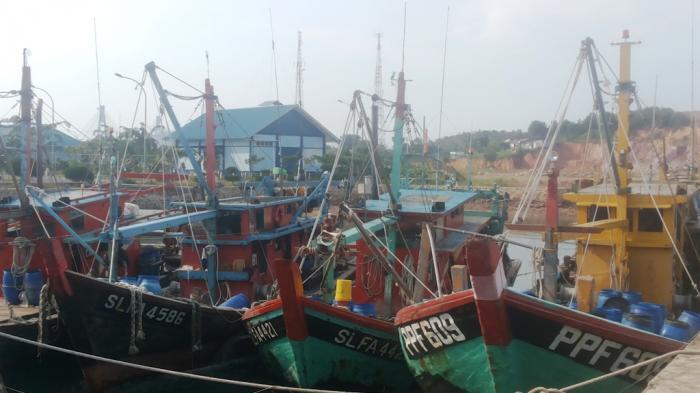 Kapal Berbendera Vietnam Diamankan TNI AL Saat Sedang Bongkar Muat di Tengah Perairan Nunukan