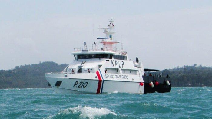 Kapal Patroli PLP Tanjung Uban Berhasil Temukan Bangkai Kapal Pesiar Ripple Bay