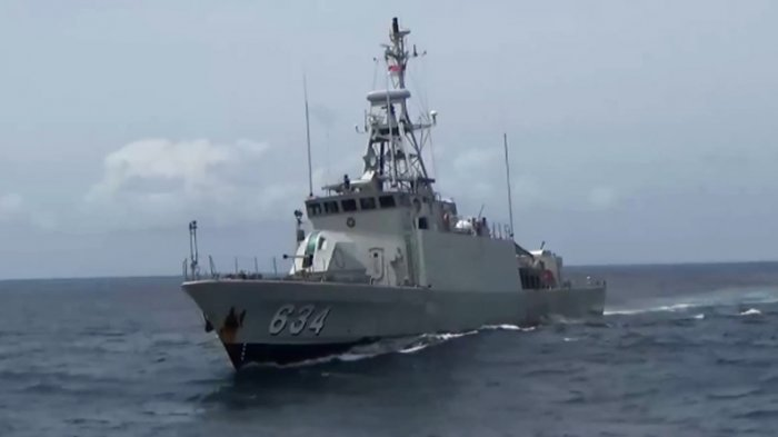 Bakamla RI Tangkap Kapal Bermuatan Ratusan Kasur Bekas di Perairan Batam