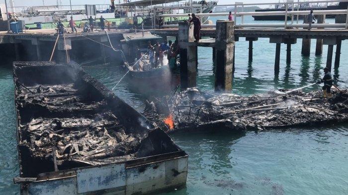 BREAKING NEWS: 4 Kapal Tangkapan Bea Cukai Batam Terbakar