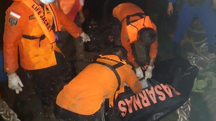 Petugas Tak Sengaja Temukan Jasad Kapten Wawan Saat Mengevakuasi Kapal yang Tenggelam 5 Hari Lalu