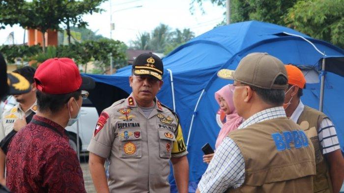 Kapolda Bengkulu Irjen Pol Supratman mengecek wilayah perbatasan Bengkulu dilakukan dalam rangka memutus mata rantai penyebaran virus Corona (Covid-19).