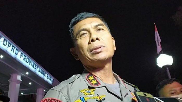 Kapolda Jabar Irjen Pol Rudy Sufahriadi saat meninjau situasi di Gedung DPRD Jabar, Senin (23/9/2019).