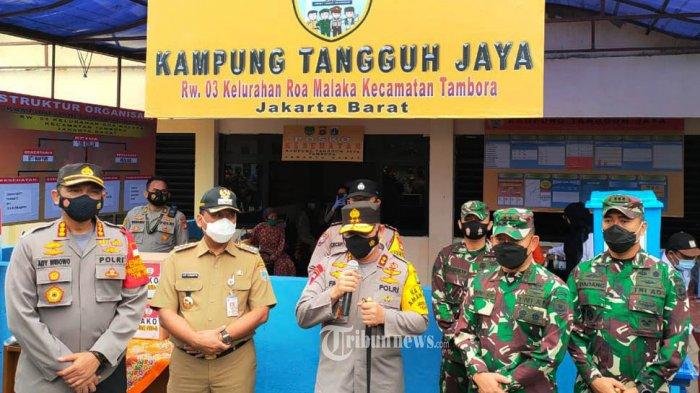 Maksimalkan Peran Kampung Tangguh Jaya, Kapolda Metro dan Pangdam Jaya Turun ke RW Zona Merah