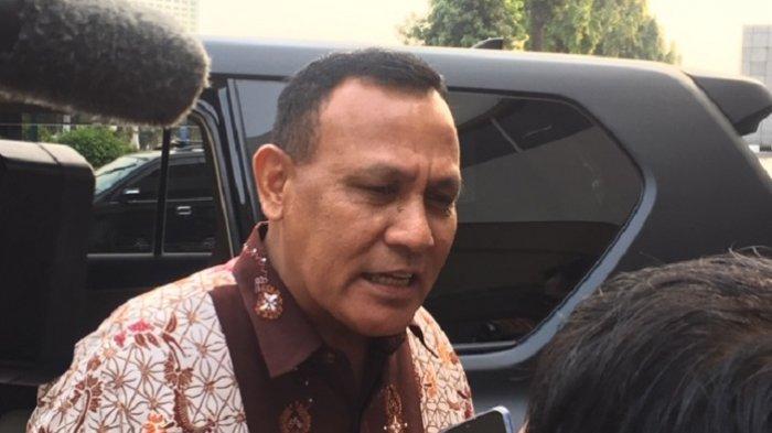 Kapolda Sumatera Selatan sekaligus calon pimpinan KPK, Irjen Pol Firli Bahuri usai melaksanakan tes pembuatan makalah di Komisi III DPR RI, Senayan, Jakarta Pusat, Senin (9/9/2019).