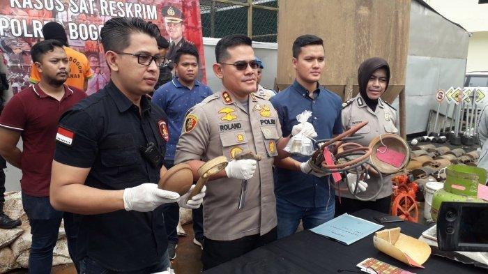 Bos Tambang Emas Ilegal di Bogor Ditangkap Polisi, Pelaku Raup Untung Rp 50 Juta Sebulan