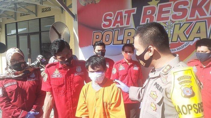 Seorang Tukang Pijat Sodomi 20 Bocah SD di Kapuas, Pelaku Ngaku Suka Anak Laki-laki Rupawan