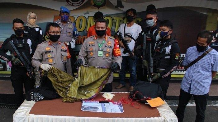 Bermodal Sarung dan Tali Tambang, Seorang Pria Nekat Rampok Sopir Taksi Online di Depok