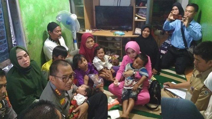 Kapolresta Balikpapan Kombes Turmudi  bersama istri temui enam anak yatim piatu
