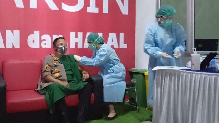 Sejumlah Kepala Daerah Batal Disuntik Vaksin Covid-19, Penyebabnya Usia Lanjut Hingga Tensi Tinggi