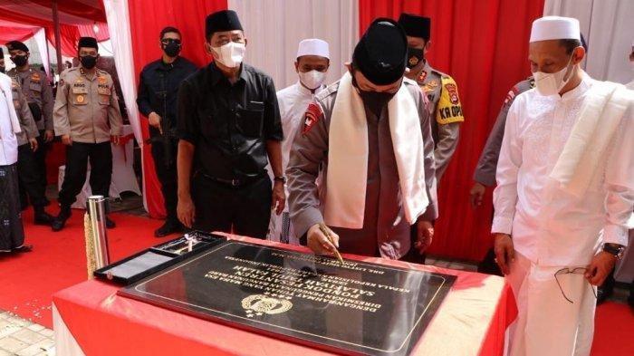 Doa dan Kebahagiaan Saat Kapolri Resmikan Bangunan Baru Ponpes Salafiyah Tajul Falah Banten