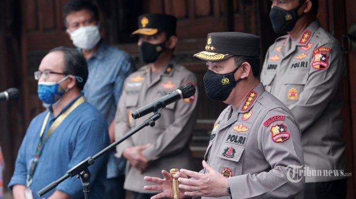 Tinjau Vaksinasi Buruh, Kapolri Harap Pertumbuhan Ekonomi Indonesia Akan Membaik