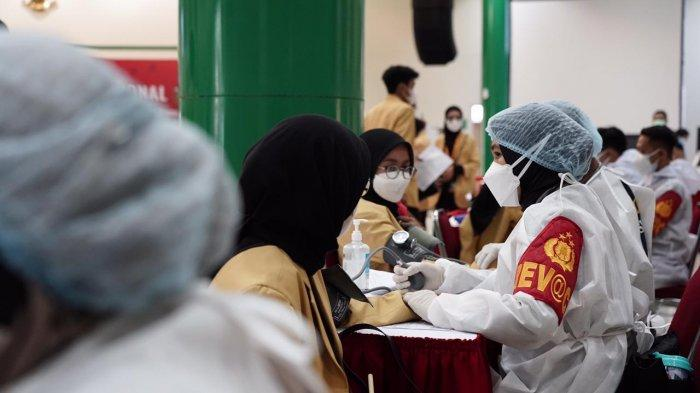 Kapolri Apresiasi Peran Aktif Mahasiswa Akselerasi Vaksinasi Covid-19