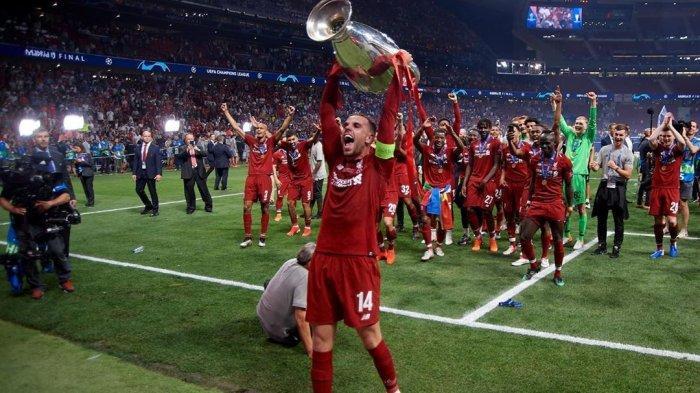 Cedera Hingga Akhir Musim, Jordan Henderson Tak Akan Pakai Jersey Liverpool Saat Angkat Trofi?