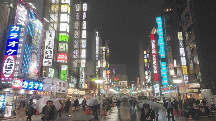 Selama 2 Minggu Mulai Besok Gemerlap Malam di Tokyo Jepang Hanya Diperbolehkan Sampai Jam 8