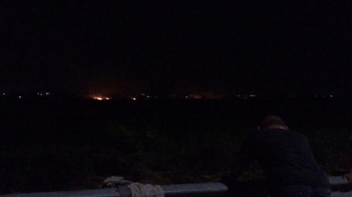 Kebakaran hutan dan lahan (karhutla) terjadi di Kabupaten Ogan Ilir, Sabtu (13/7/2019). Kali ini Karhutla, terjadi di Desa Muara Baru Kecamatan Pemulutan, Kabupaten Ogan Ilir. SRIPOKU.COM/RESHA