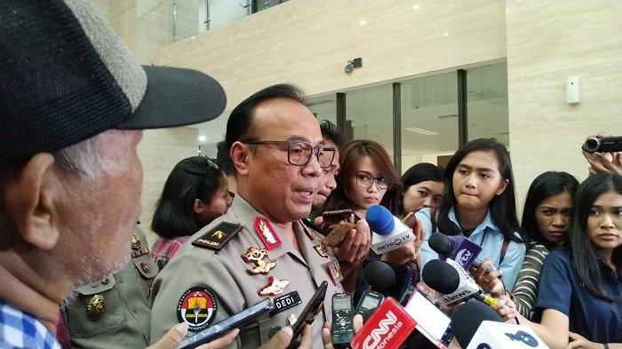 Karopenmas Divisi Humas Polri Brigjen Pol Dedi Prasetyo di Bareskrim Polri, Jalan Trunojoyo, Kebayoran Baru, Jakarta Selatan, Selasa (9/7/2019).