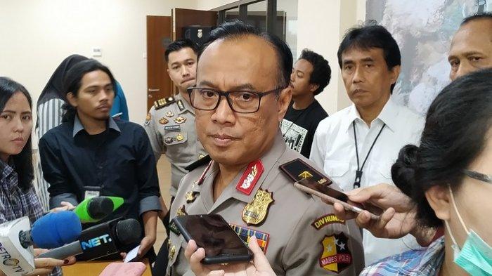 Karopenmas Divisi Humas Polri Brigjen Pol Dedi Prasetyo di Mabes Polri, Jalan Trunojoyo, Kebayoran Baru, Jakarta Selatan, Selasa (13/8/2019).
