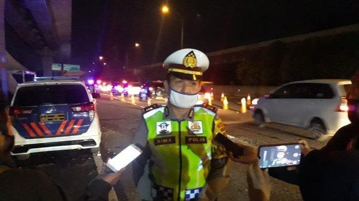 850 Kendaraan yang Melintas di Tol Japek KM 47B Dipaksa Putar Balik