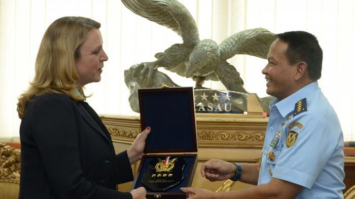 Kepada Sekretaris Angkatan Udara AS, Marsekal Agus Jelaskan Alasan Indonesia Memilih Sukhoi