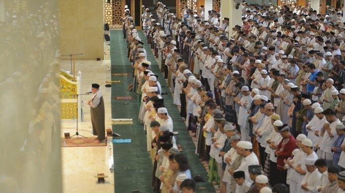 Berikut Tips Aman Salat Tarawih Berjemaah di Masjid Saat Pandemi Covid-19