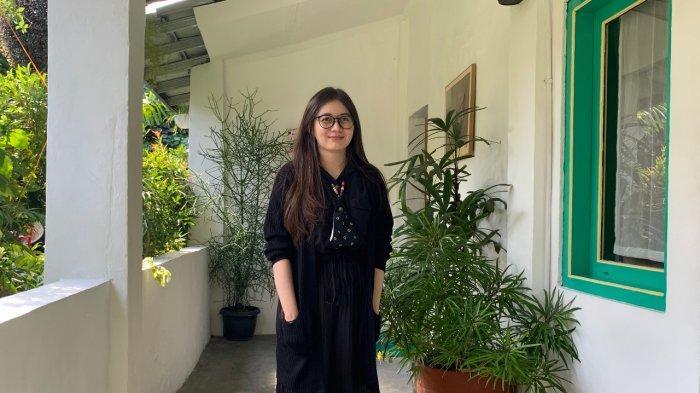 Ini Pengalaman Anak Blasteran Bule – Jawa, Sarat dengann Tragikomedi