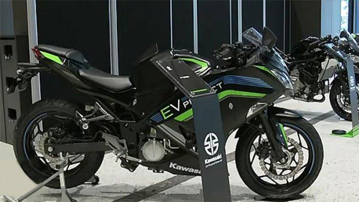 Elektrifikasi Sepeda Motor Kawasaki EV Hybrid Jepang Pertama pada 2025