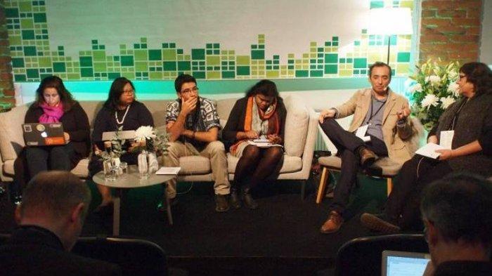 Forum Internet Internasional, Akses Kebenaran dan Kebohongan
