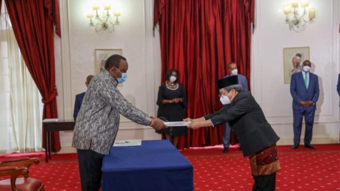 Serahkan Surat Tugas Dubes, Presiden Kenya Sambut Peningkatan Kerjasama Bilateral Indonesia