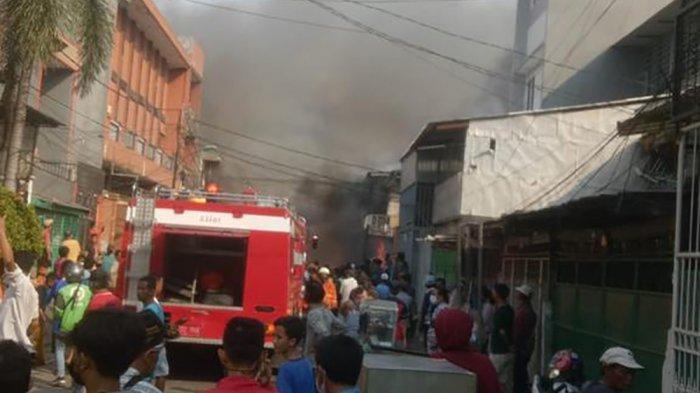 kebakaran di jalan lindung
