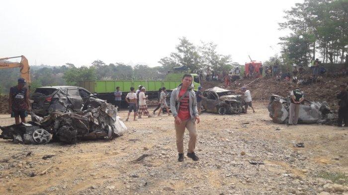TERKINI Kecelakaan Tol Cipularang: 2 Orang jadi Tersangka hingga Polisi Sulit Identifikasi Korban