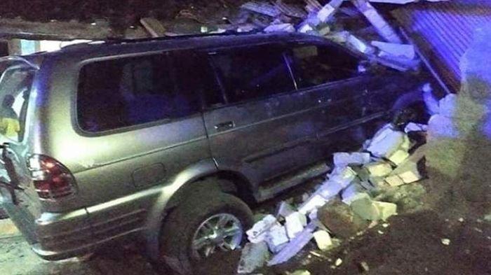 Mobil Kapolsek Tabrak Rumah hingga Hancur, Tewaskan Balita, Orangtua Korban: Mulutnya Bau Alkohol
