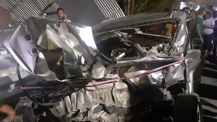 Kecelakaan Maut di Kupang, Truk Tangki Hantam Mobil hingga Ringsek, Motor Terpental, Rumah Diseruduk