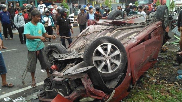 Pengemudi Mobilio yang Terlibat Kecelakaan Maut di Sleman Ternyata Masih Berusia Remaja