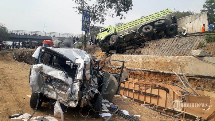 Telisik Kelalaian dalam Kecelakaan Maut Tol Cipularang, Pemilik Dump Truck Diperiksa Pekan Depan