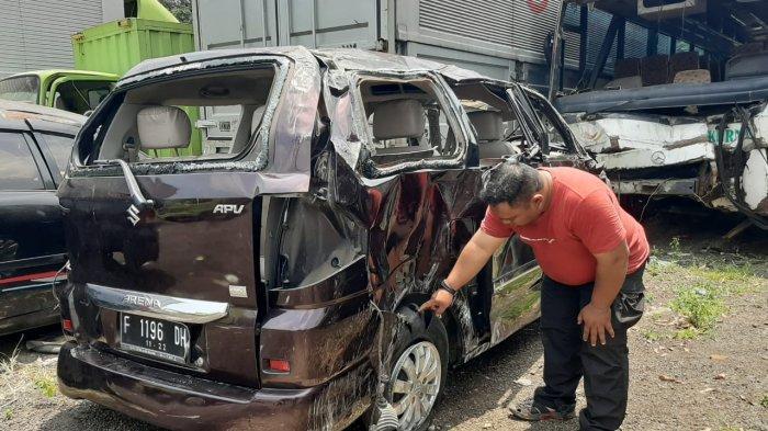 Ban Mobil Pecah, Korban Kecelakaan di Tol Jagorawi akan Melakukan Kebaktian di Serpong