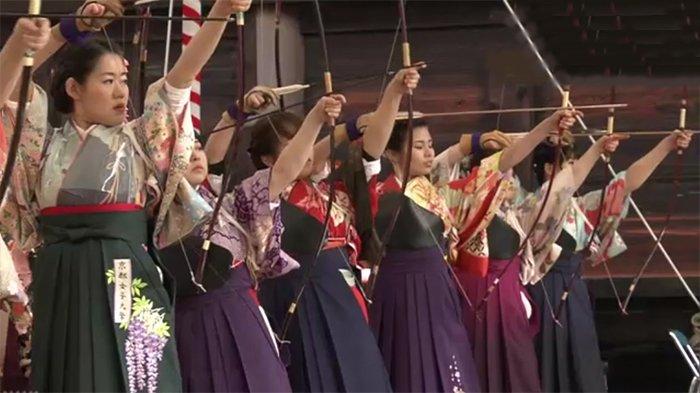 Selain Kimono, Berikut 5 Pakaian Tradisional Jepang yang Masih Dipakai di Era Millennials