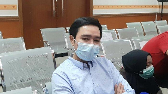 Abash, kekasih Lucinta Luna, saat ditemui di Pengadilan Negeri Jakarta Barat, di kawasan Slipi, Jakarta Barat, Rabu (17/6/2020).
