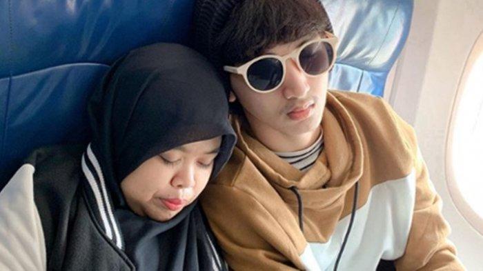 Unggah Foto Pelukan Berdua dengan Caption Perpisahan, Kekeyi dan Rio Ramadhan Putus?