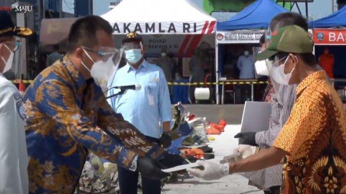 Keluarga Korban Jatuhnya Pesawat Sriwijaya Air SJ 182 Terima Santunan, Ini Rinciannya