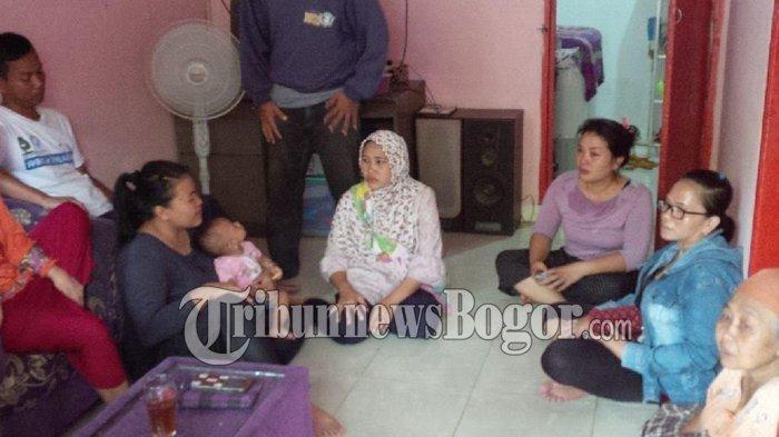 Ibu Korban Berteriak Histeris Tahu Anaknya Korban Kecelakaan Bus di Magelang