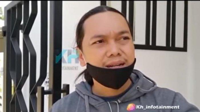 Pihak keluarga, Ali mengungkapkan kondisi terkini dari pedangdut Lesty Kejora yang dikabarkan masuk rumah sakit.