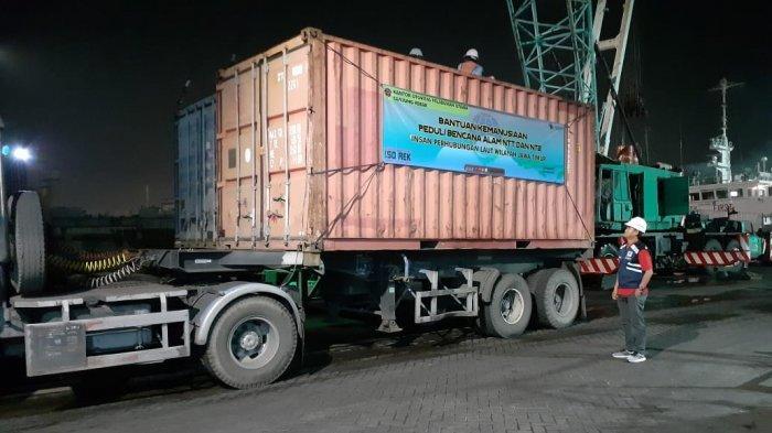 OP Tanjung Perak Lepas Satu Kontainer Bantuan Kemanusiaan ke NTT dan NTB