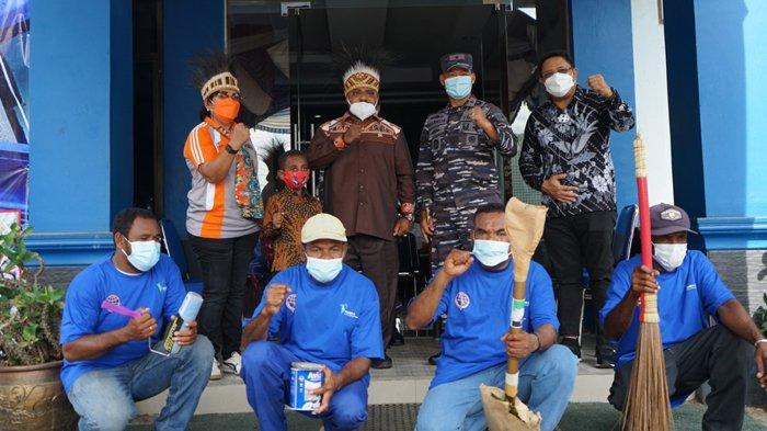 Kemenhub Gelar Program Padat Karya Selama 5 Hari di Sorong Papua