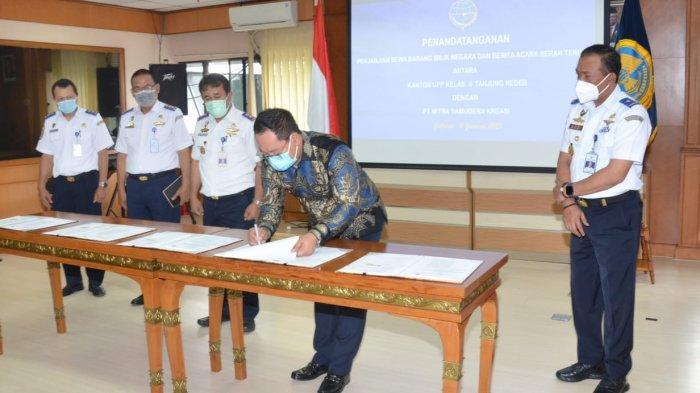 Kemenhub Serahterimakan Tanah dan Bangunan di Pelabuhan Tanjung Redeb Kalimantan Timur