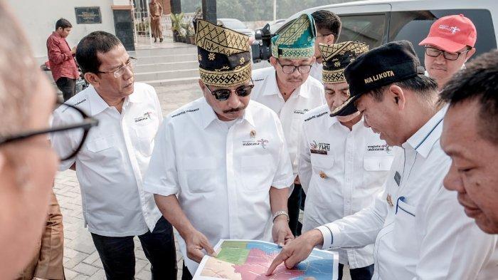 Mendarat di Pekan Baru, Menpar Arief Yahya Gas Destinasi Riau