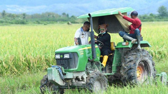 Kementan Perkuat Pertanian Boyolali dengan Alsintan