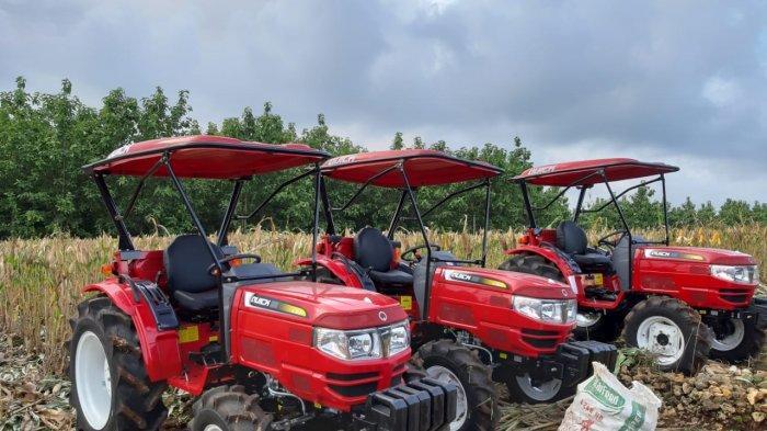 Kementerian Pertanian (Kementan) telah menyalurkan bantuan alat mesin pertanian (Alsintan) untuk Kabupaten Wajo, Sulawesi Selatan guna mensukseskan Program Selamatkan Lahan Rawa Untuk Kesejahteraan Petani (SERASI).