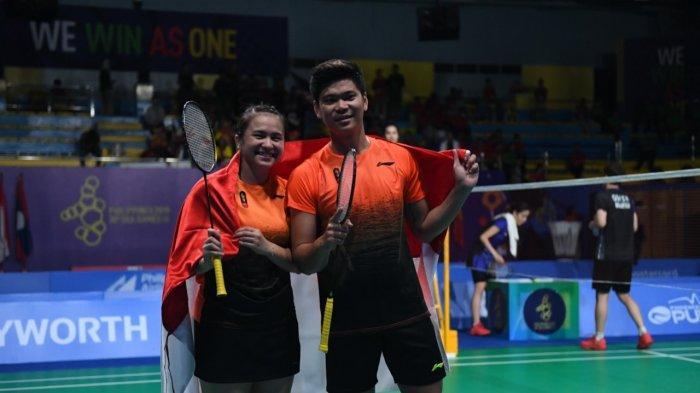 Di hari ke-10 gelaran SEA Games ke-30, Indonesia kembali menancapkan kejayaan bulutangkis dengan raihan medali 2 emas 1 perak, di Muntinlupa Sports Complex, Philipina, Senin (9/12). 2 emas dipersembahkan dari nomor Ganda Campuran dan Ganda Putri sedangkan 1 medali perak disumbangkan Tunggal Putri.