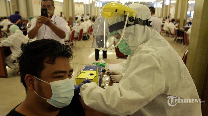 Proses Vaksinasi Covid-19 Kini Dipersingkat, Waktu Observasi Hanya 15 Menit